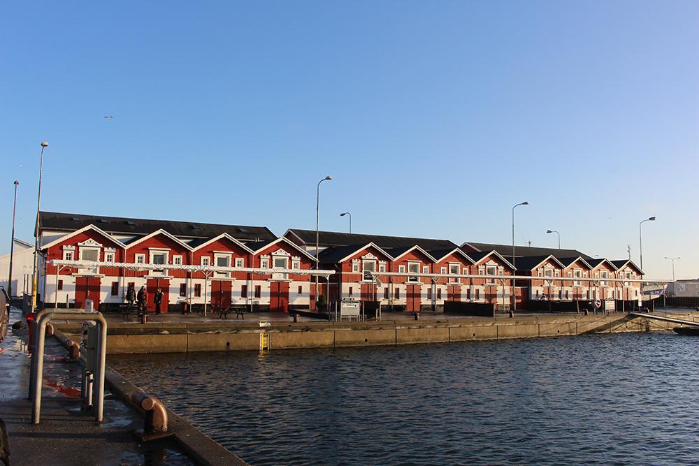 NJL_HVF_29_Häuser_Hafen