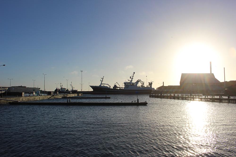 NJL_HVF_30_Hafen_Schiffe